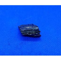 Turmalin kamień naturalny 2 x 1 cm