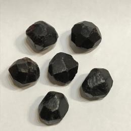 Almandyn kamień bębnowany  1,5 x 1 cm - zestaw 2 szt.